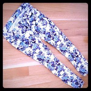 Pretty cordaroy print pants!